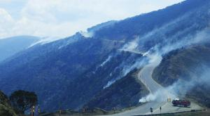 Back burning along the Great Alpine Road near Mt Blowhard. Image: Dinner Plain Alpine Village facebook